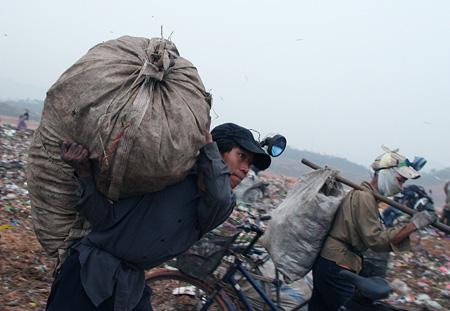 Thành quả thu được sau nửa đêm thức trắng-Phóng sự ảnh của: Minh Trí, đăng trên VnEpress.net